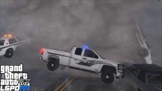 getlinkyoutube.com-GTA 5 LSPDFR 0.3.1 Police Mod 138 | Blaine County Chevy Silverado | Tornado Mod Destroys Los Santos