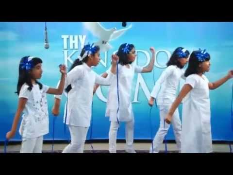 Kingdom Kids - Le Chal Mujhe (Yeshua Band) Dance