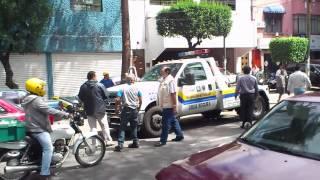 Gruyero en Álvaro Obregón... NO VENGO VESTIDO DE CHARRO!!! (México D.F.)