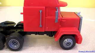 getlinkyoutube.com-Drawing Disney Cars Mack Truck Hauler Klip Kitz Lightning McQueen Awesome Buildable Toys