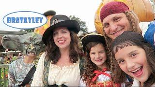 A Family of Pirates (WK 245.7) Bratayley