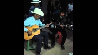 getlinkyoutube.com-Papa de ariel camacho cantando sus canciones