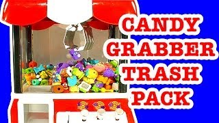 getlinkyoutube.com-Candy Grabber Vs The Trash Pack Gang - A Healthy Fun Mash Up Toy!