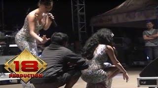 Duo Anggrek - Buka Dikit Joss  (Live Konser Salatiga Jateng 4 September 2013)