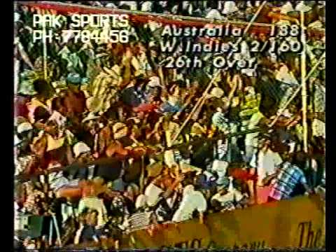 VIV RICHARDS 3 sixes vs Australia PERTH 1981/82