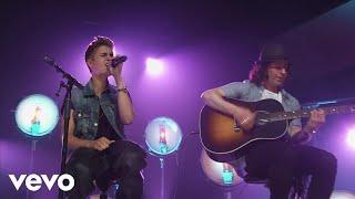 Justin Bieber – All Around The World dinle_indir