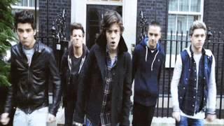 getlinkyoutube.com-One Direction Bailando Pose [Por Diversión]