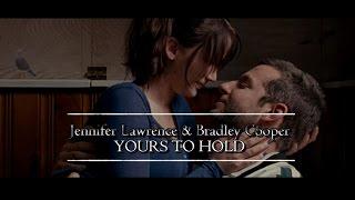 getlinkyoutube.com-Jennifer Lawrence e Bradley Cooper - Yours to hold