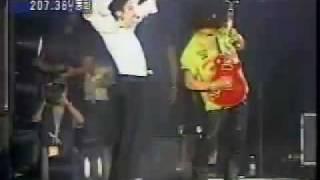 getlinkyoutube.com-Michael Jackon gets mad at Slash ;