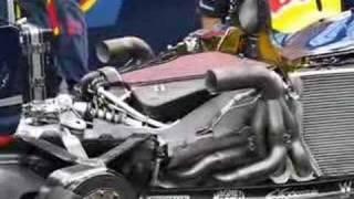 getlinkyoutube.com-Red Bull F1 Engine warming up