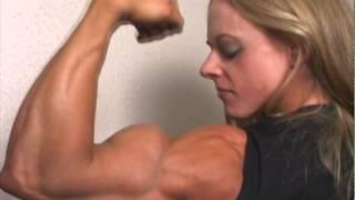 "getlinkyoutube.com-""Female Bodybuilder"" huge biceps and ripped abs"