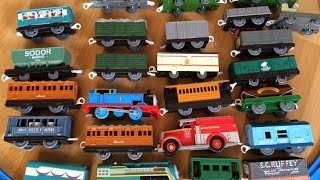 getlinkyoutube.com-Thomas and Friends Trackmaster Motorized Trains with 20 Cargo Carts Egg Surprises Disney Cars