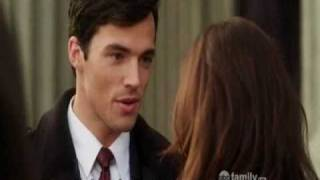 "getlinkyoutube.com-Pretty Little Liars 1x15 Aria&Ezra ""first"" date at the art opening"