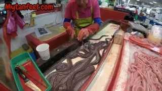 getlinkyoutube.com-The Jalgachi Fish Market in Busan, South Korea