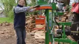 getlinkyoutube.com-POSCH Holzspalter HydroCombi mit Fixomatic
