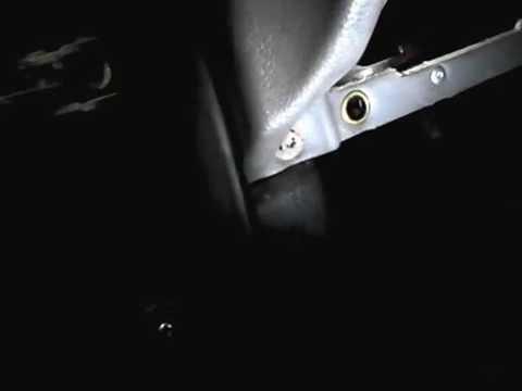 Расположение предохранителя освещения салона у Opel Вектра Седан