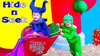 getlinkyoutube.com-ASSISTANT Maleficient + BatBoy PJMASKS Gekko Holiday Hide n Seek Christmas Toy Freaks Video