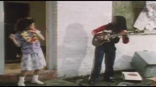 Bob Marley - Three Little Birds [Official Music Video]