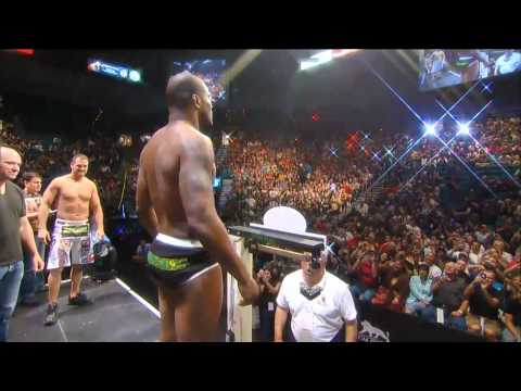 UFC 130 Weigh In: Rampage vs Hamill
