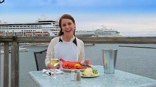 getlinkyoutube.com-Lobster Eating in Prince Edward Island, Canada