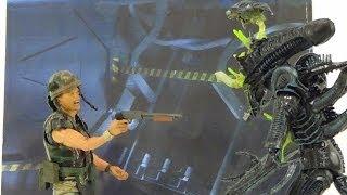 getlinkyoutube.com-Neca Aliens 2-Pack: Hicks VS Alien Warrior (Battle Damaged)