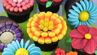 getlinkyoutube.com-Easy Flower Cupcakes - Candy Flowers w/ NO Fancy cutters! | My Cupcake Addiction