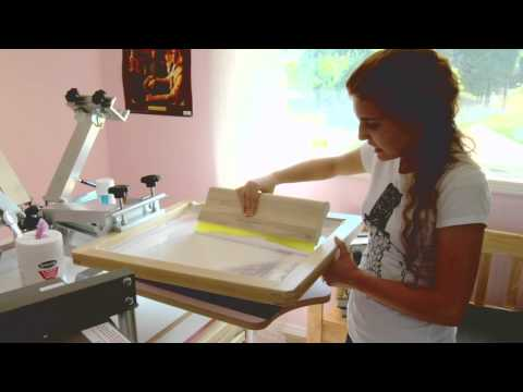 What is screen printing? - Screen Taping and white print attempt