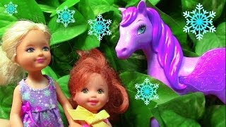 getlinkyoutube.com-Frozen Barbie Fairy Pegasus Pony Toddler Princess Anna Elsa Castle Play Parody Part 8
