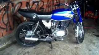 getlinkyoutube.com-Suzuki AX 100 Ascelando un poco