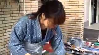 getlinkyoutube.com-刃物研ぎ女流職人in仙台