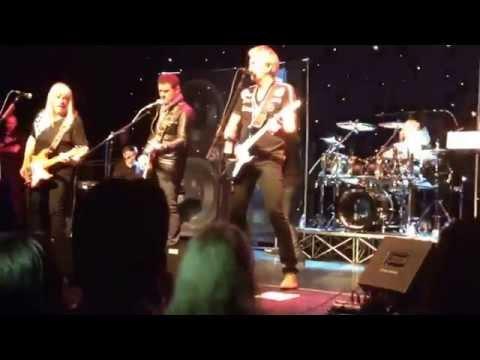 Sweet, Suzi Quatro and Shane Richie - Ballroom Blitz