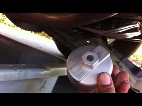 2011 Toyota Rav 4 oil filter replacement part 3 of 6