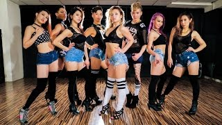 "getlinkyoutube.com-Beyonce ""7/11"" choreo by FRAULES feat. Kick ass ball team in Taiwan"