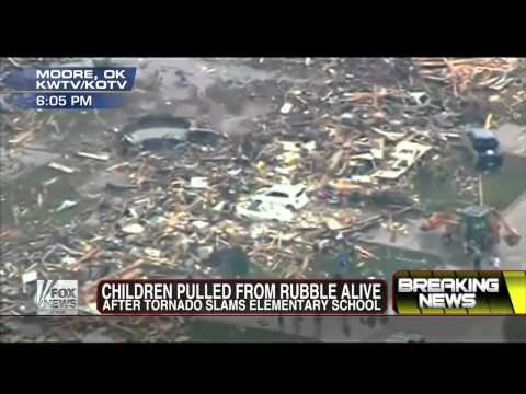 Moore Oklahoma : A Two Mile Wide EF4 Tornado touches down leaving Total Destruction (May 20, 2013)