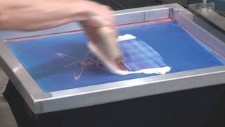 getlinkyoutube.com-How To Screen Print: Metallic Transfer Foil On Black T Shirts