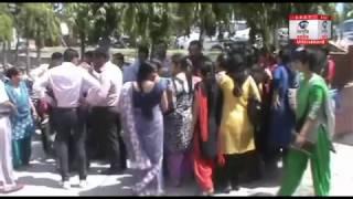 पुलिस कर्मी और कॉलेज प्रबंधन में जमकर हुई मारपीट, चले लाठी डंडे