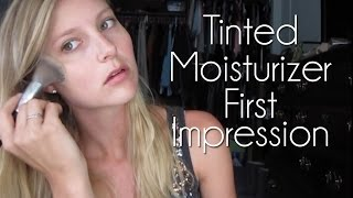 getlinkyoutube.com-First Impression Review - Laura Mercier Tinted Moisturizer