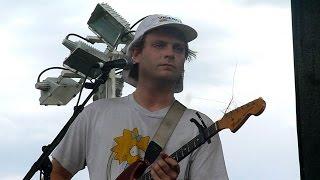 getlinkyoutube.com-Mac DeMarco - Reelin' In The Years jam [Steely Dan jam - live at Laneway Melbourne - 07-02-2015]