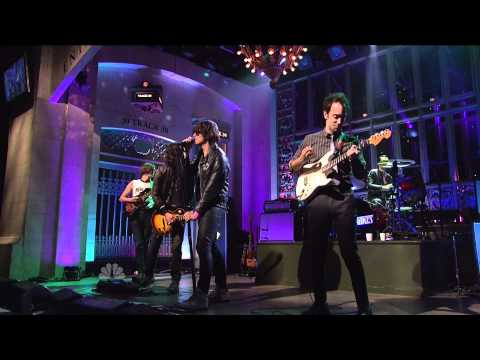 "(HQ) The Strokes - ""Life Is Simple In The Moonlight"" 3/5 SNL (TheAudioPerv.com)"