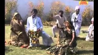 getlinkyoutube.com-Hasya Rai Khayal Faag - Ka Karo Sasre Jake More Piya Bidniya  Rakhe