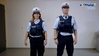 getlinkyoutube.com-Nochmaaal - Bei der Polizei - Uniformen
