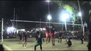 pertandingan Volleyball  yang sangat seru antar kampung