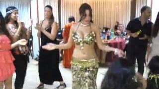 getlinkyoutube.com-Raqsi arab Arabic Dance Plan B 2011 shazi raqs رقص جديد