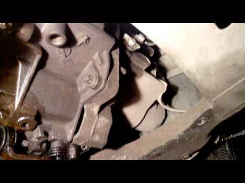 Проверка, уровня масла в КПП долив замена Renault Logan Kangoo Symbol Clio
