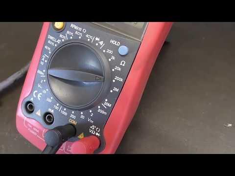 Где находится в Alfa Romeo 156 педаль газа