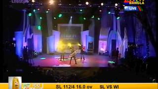 getlinkyoutube.com-Pagla and pagli group of boss Arfin Rumi Thoi Thoi Bhalobasha by Md Imran Khan