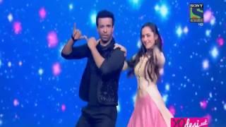 getlinkyoutube.com-Sanjeeda Sheikh and Aamir Ali Dancing in Power Couple Grand Finale