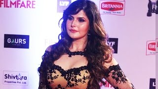 getlinkyoutube.com-Zarine Khan's SHOCKING INSULT @ 2016 Filmfare Awards