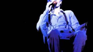 getlinkyoutube.com-David Bowie. 09. Somebody Up There Likes Me. Suffragette City. (Boston. 1974).wmv
