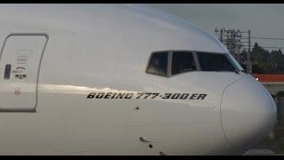 getlinkyoutube.com-☆お手振り(waving)☆エミレーツ航空 (Emirates)Boeing 777☆Landing☆Narita RWY34R成田空港☆東雲の丘